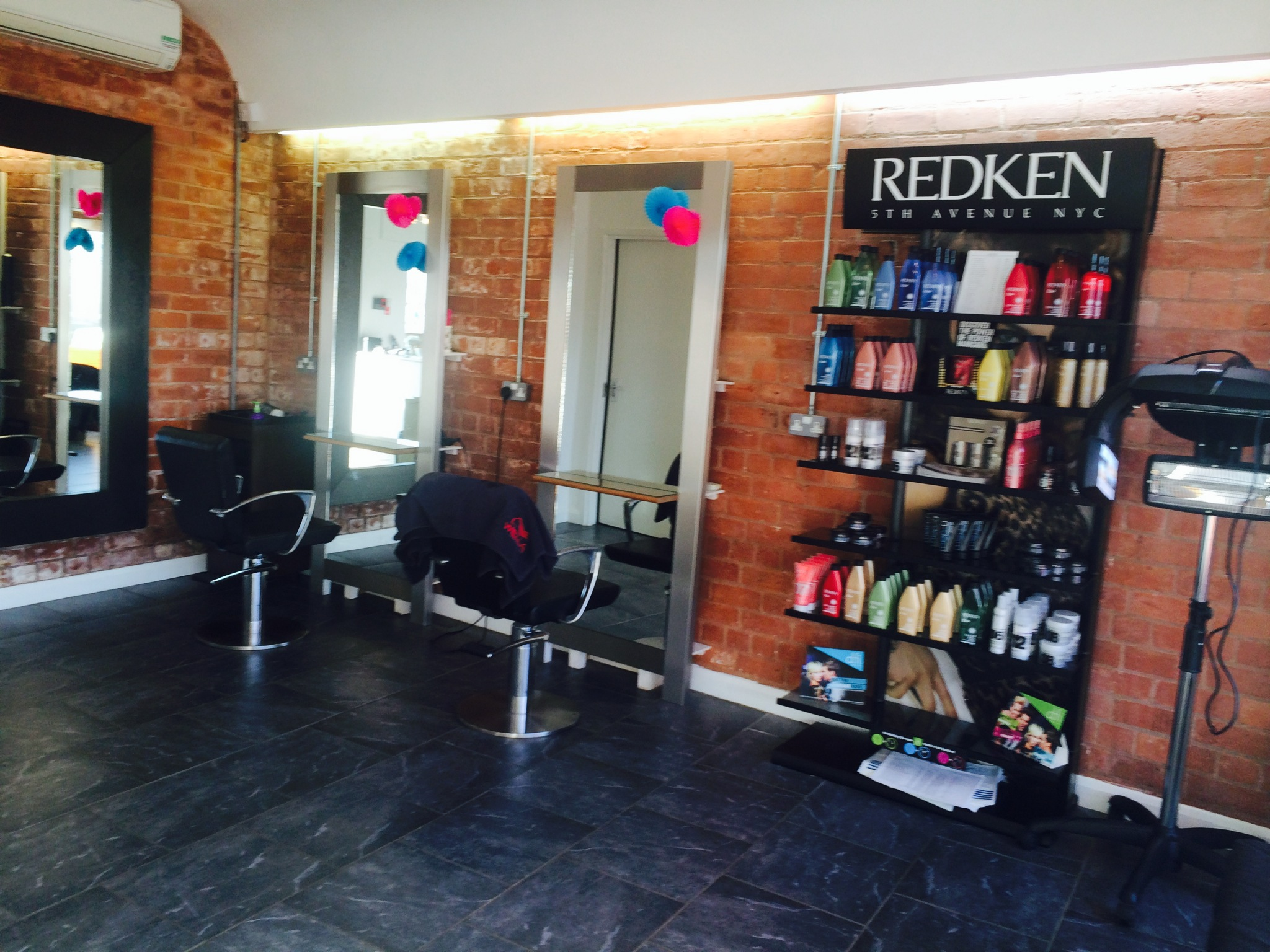 acdc hairdressers hull shop salon inside acdc acdc hairdressers hull shop salon inside
